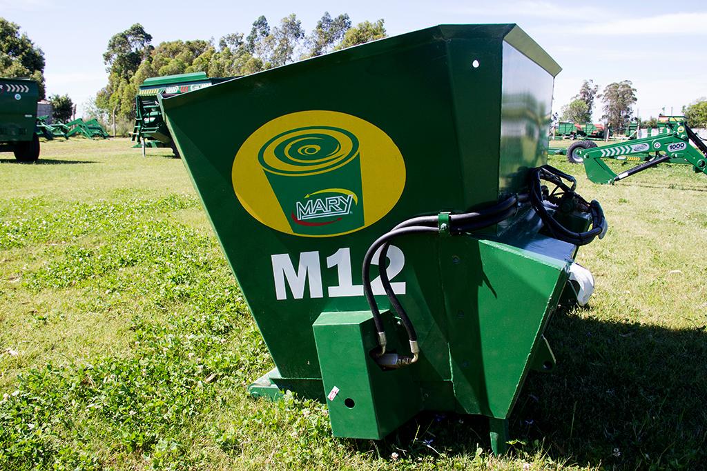 Mixer vertical M12