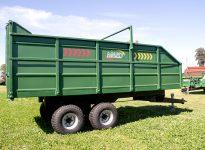 Vagón forrajero con volcadora - Modelo 6000 kg