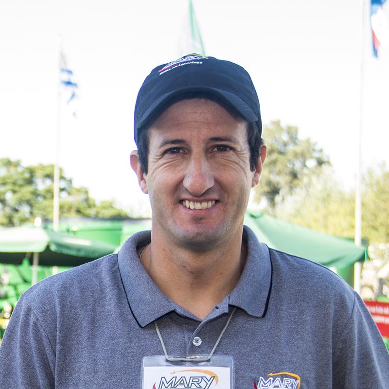 Mario Lapaz